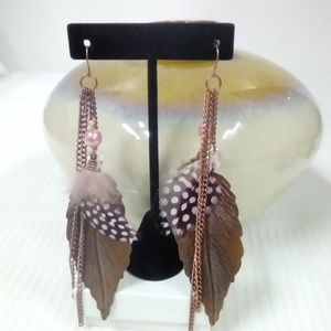 NWT Pink Feather Earring